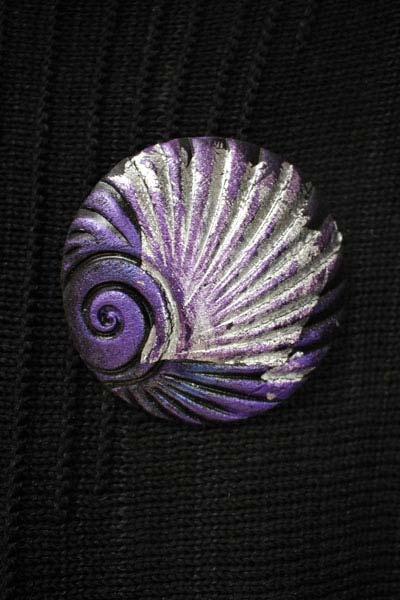 Grape Shell Brooch