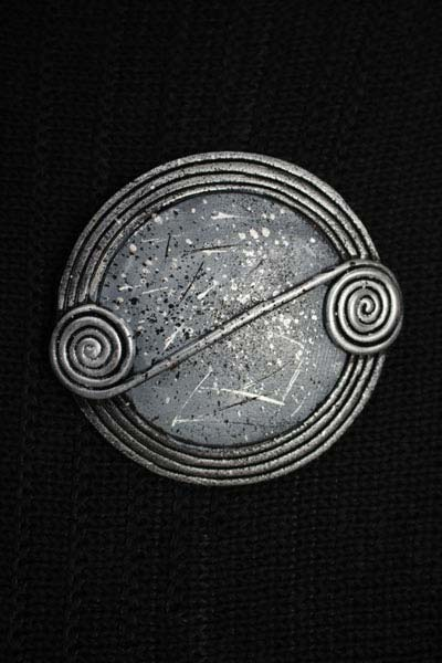 Mist Scroll Brooch