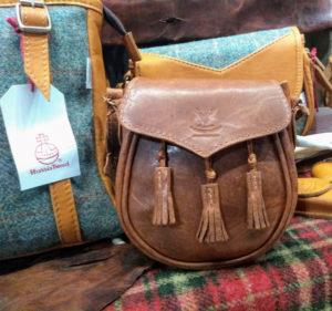 Sporran bag in deerskin leather