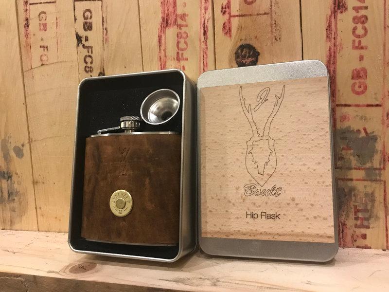 Shotgun cartridge hip flask gift set